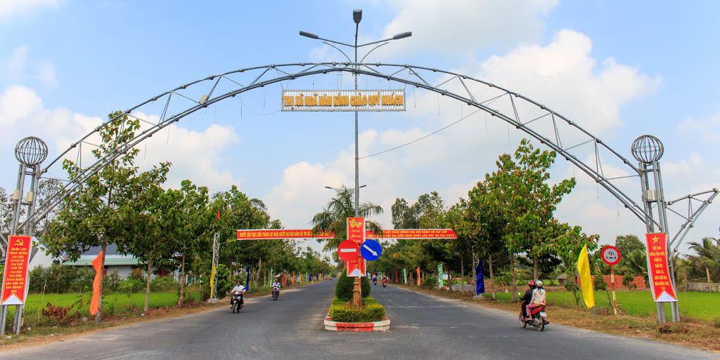 Đường vào khu hành chính Thị xã Ngã Năm